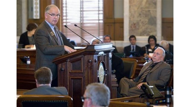 Kansas lawmakers make little headway Thursday in addressing revenue shortfall