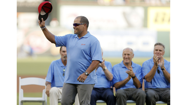 Ivan Rodriguez, Bagwell, Raines elected to MLB Hall of Fame