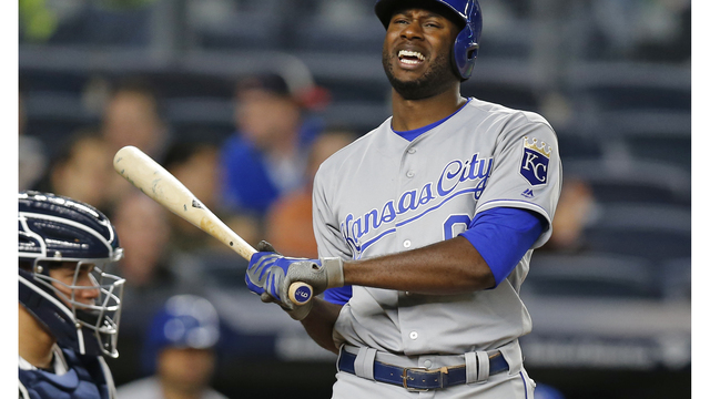 Royals struggle offensively, fall to Yankees