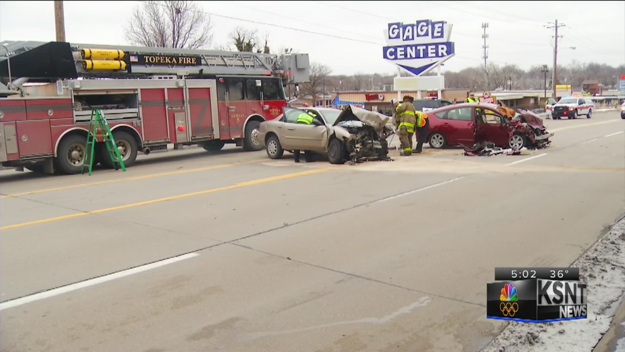 3-vehicle crash sends multiple people to the hospital
