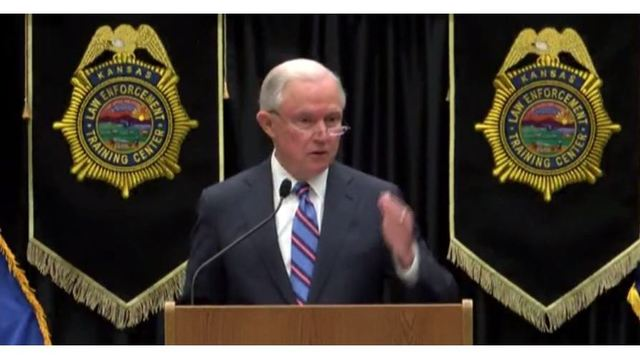 Sessions asks Kansas law officers for help in opioid fight