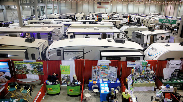 Photo Gallery: Topeka RV Show