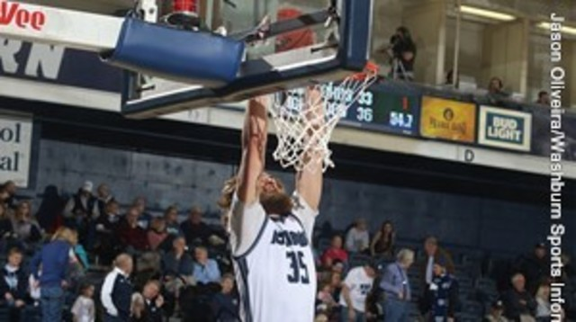 Ichabods pull away from Bronchos in 2nd half in 19-point win