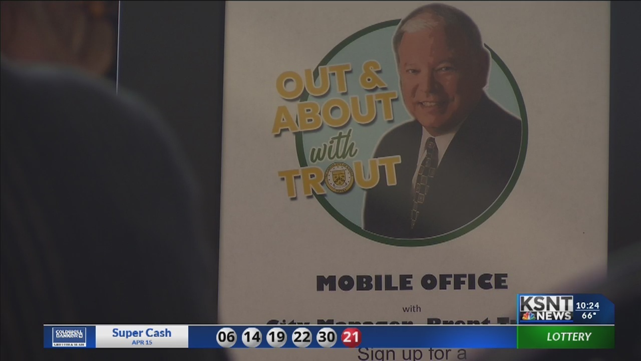 Topeka city manager connects with people during mobile office time