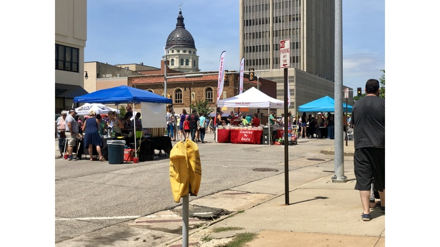 Hundreds gather in downtown Topeka for Kansas Chocolate Festival